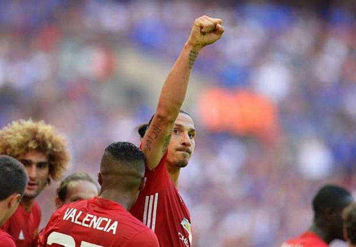 495e767e33 O domingo não poderia ter sido mais feliz para o torcedor do Manchester  United. Pouco depois de anunciar a contratação do meio-campista Paul Pogba