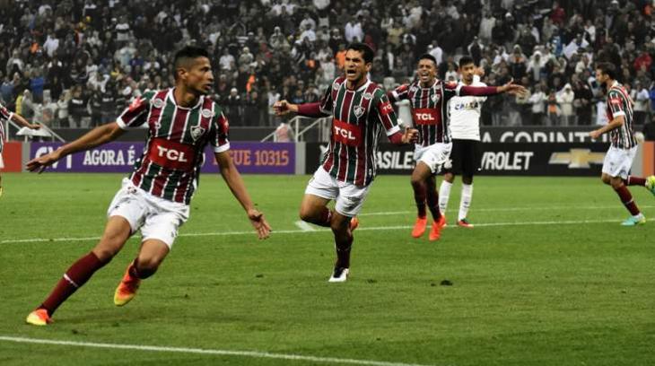 Timão se afunda e perde para Flu com gol no último minuto - TNH1 8338ebbe7068e