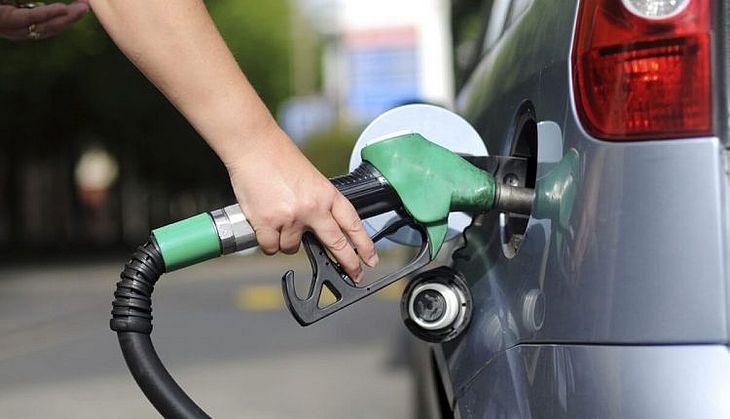Resultado de imagem para Com pandemia, ANP regulamenta funcionamento de postos de combustíveis no país
