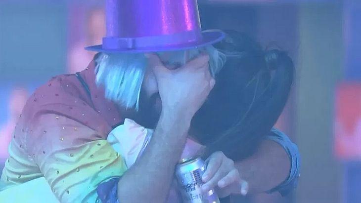 Gil se declara para Juliette na festa do líder do BBB 21 - TNH1