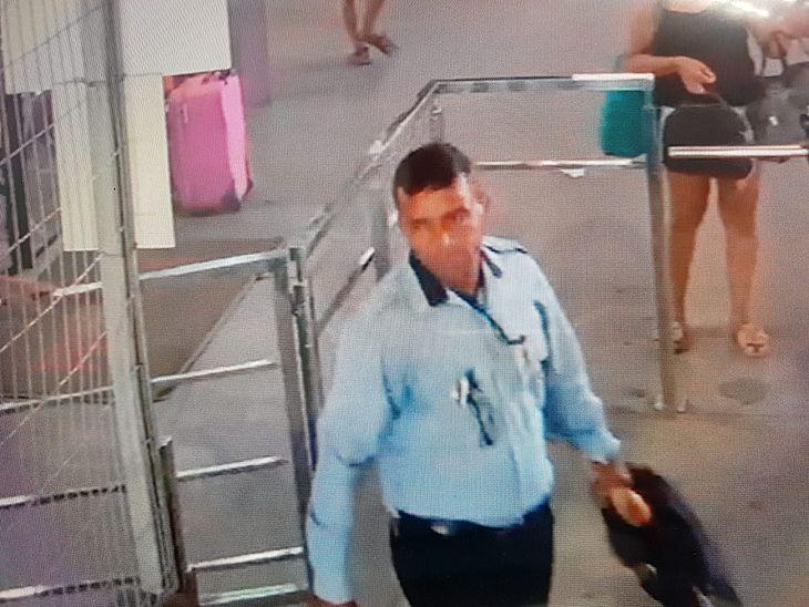 522890f5698 O suspeito de se passar por fiscal de uma empresa de ônibus e assaltar  passageiros