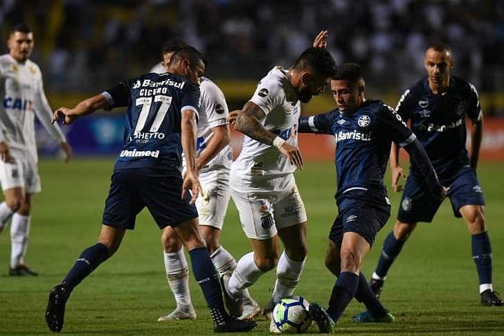 """Renato Gaúcho minimiza polêmica com Gabigol  """"coisa de jogo"""" - TNH1 10ca270fb42a2"""
