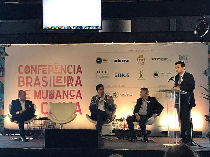 Rui Palmeira assina adesão a rede de cidades sustentáveis - TNH1