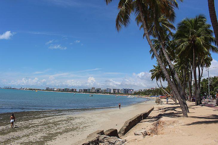 2d387fb414 O último final de semana de 2018 tem predomínio de sol em todas as regiões  de Alagoas. O monitoramento da Sala de Alerta da Secretaria de Estado do  Meio ...