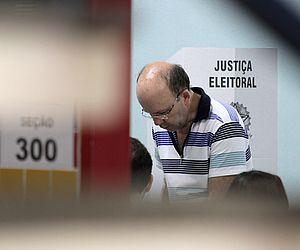 https   www.tnh1.com.br noticia nid casal-e-morto-a-tiros-dentro-de ... f3b92a6949