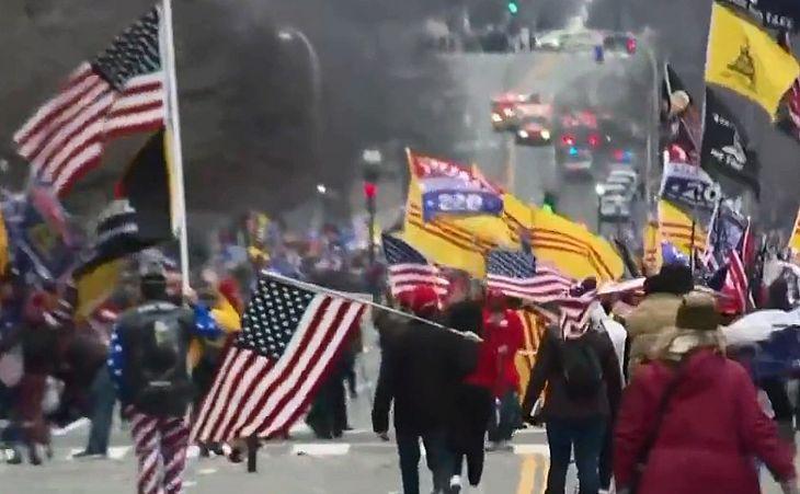 Prédio do Capitólio, nos EUA, é evacuado após ameaça de bomba - TNH1